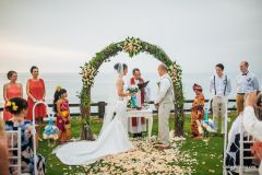 LUXE CLIFF WEDDING - THE PERFECT